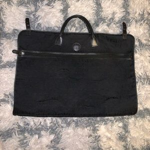 AUTHENTIC VINTAGE GUCCI BLACK LOGO TRAVEL BAG